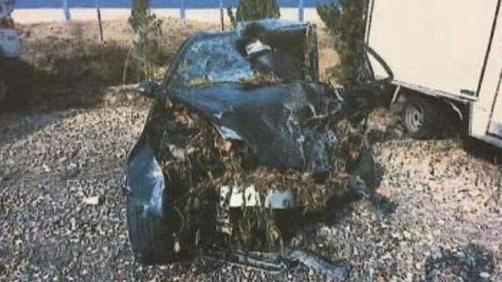 Así quedó el coche de Marta, asesinada por un kamikaze