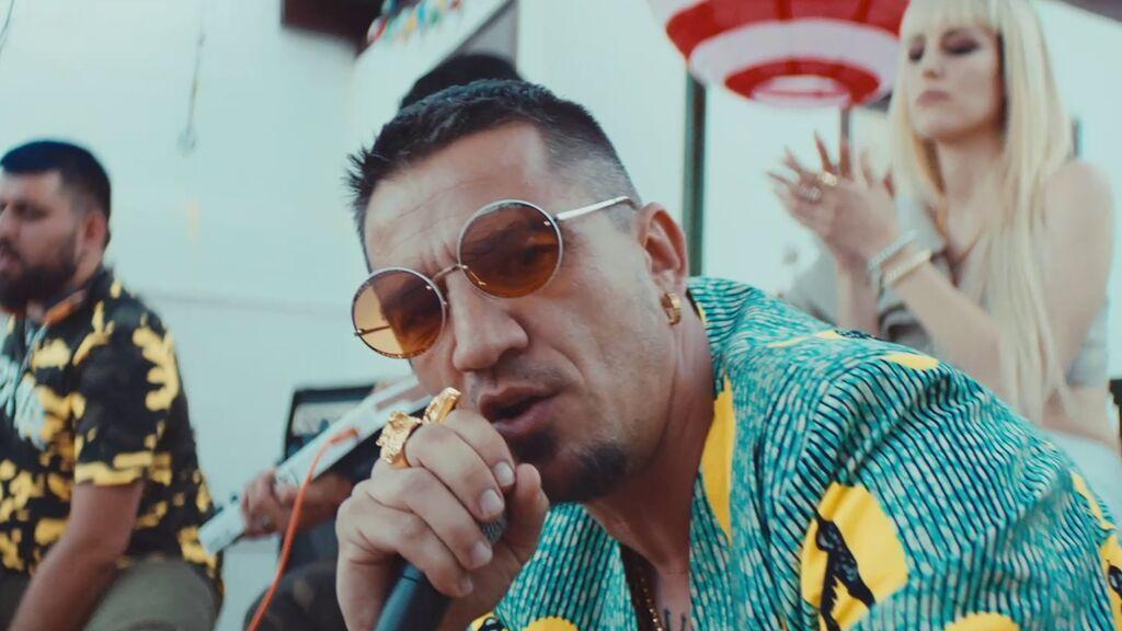 Videoclip singalong 'Chico perfecto' de 'Operación Camarón'