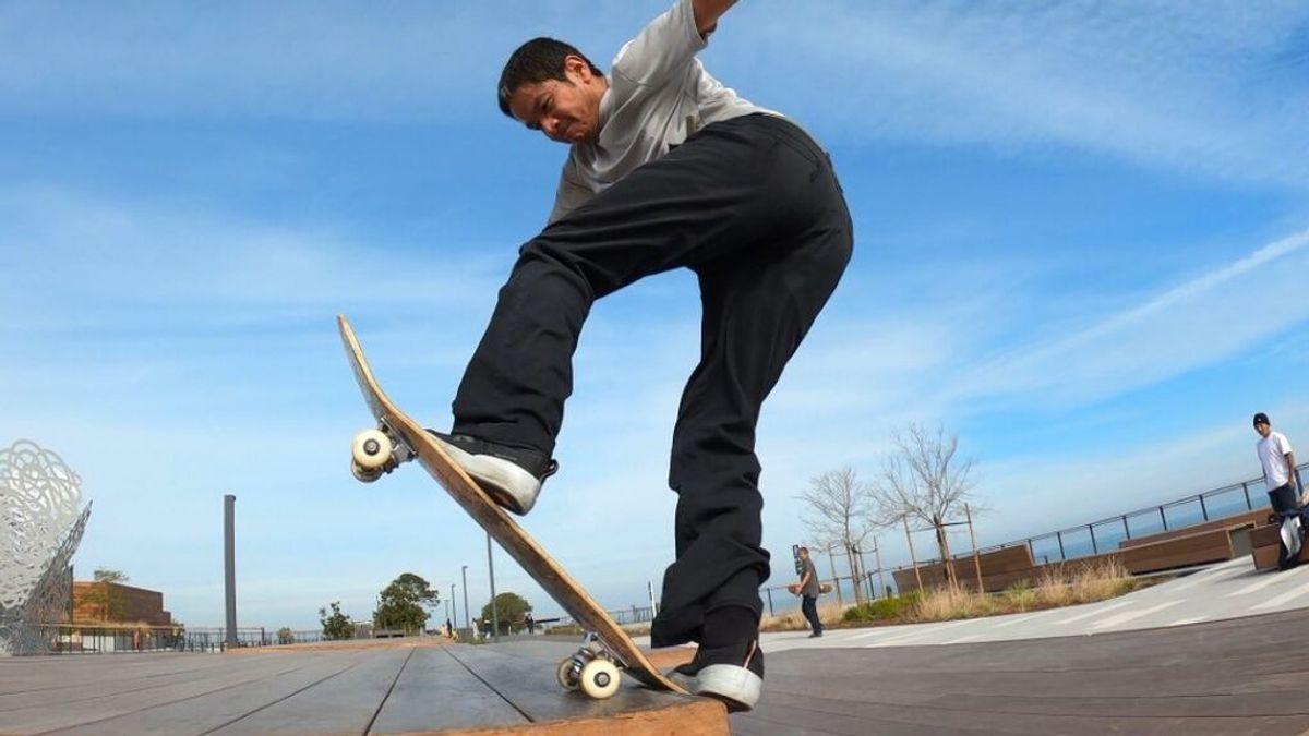 """William Nguyen, skater: """"Nunca soñé que patinaría pasados los 35, pero sigo aprendiendo trucos nuevos a los 47"""""""