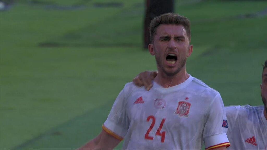 Gerard Moreno la pone de cucharita para que Laporte firme su primer gol como internacional español (0-2)