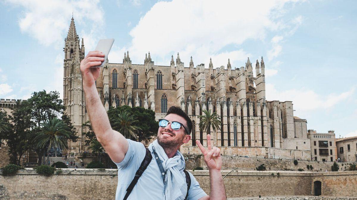 """Sanidad pide a los estudiantes que no hagan viajes de fin de curso como los de Mallorca """"por riesgo alto"""""""