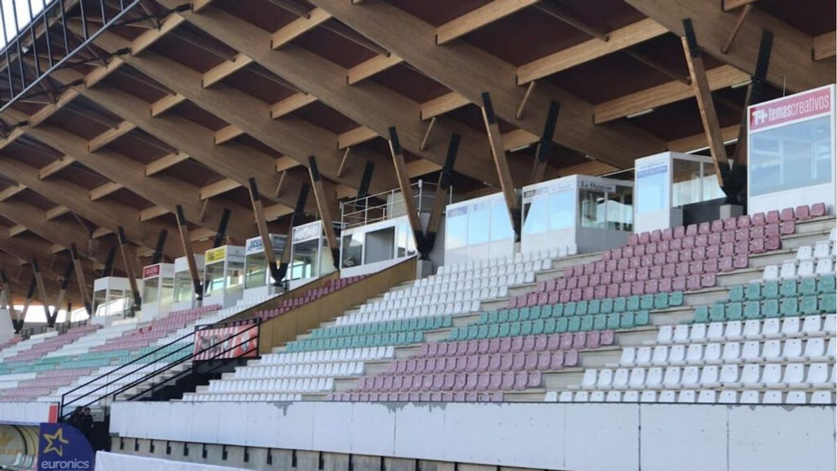 El soplete que da lustre a los asientos del Zamora y que acumula millones de visitas en TikTok