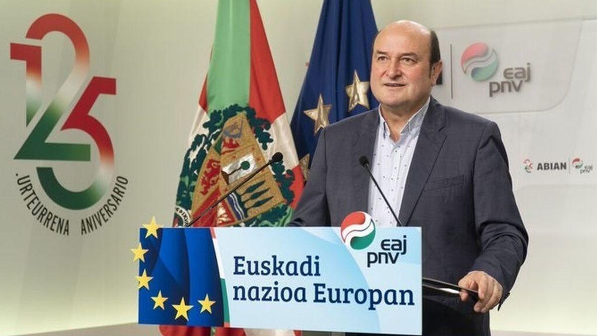 El PNV pide que se reconozca como naciones a Euskadi y Cataluña