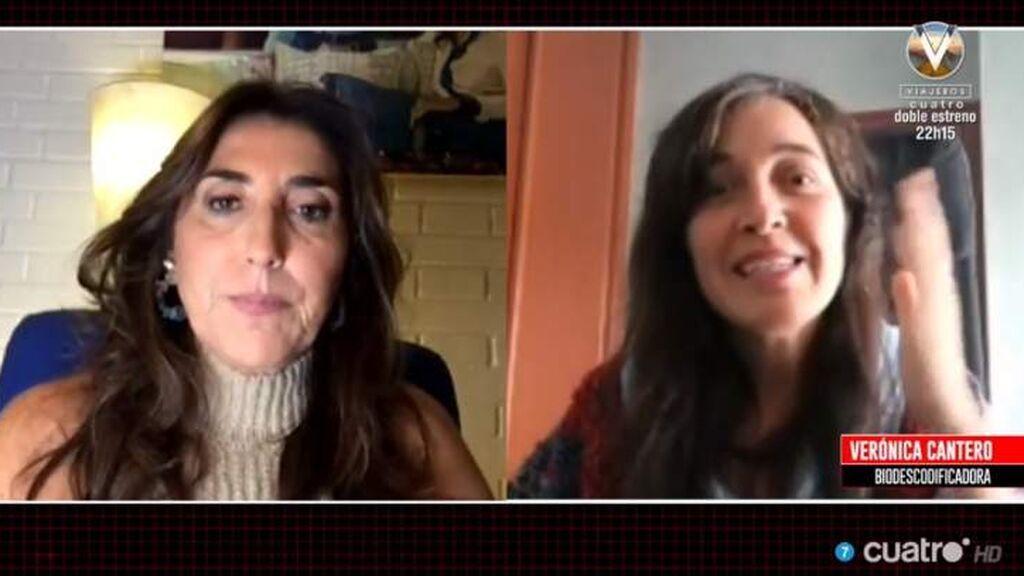Paz Padilla con su amiga biodescodificadora, Verónica Cantero, en 'Cuarto Milenio'
