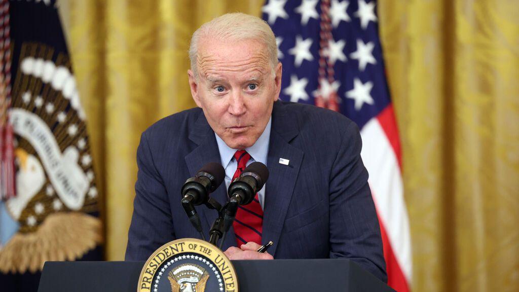 """""""¡Pagadles más!"""", la receta susurro de Biden a los empresarios para encontrar trabajadores"""
