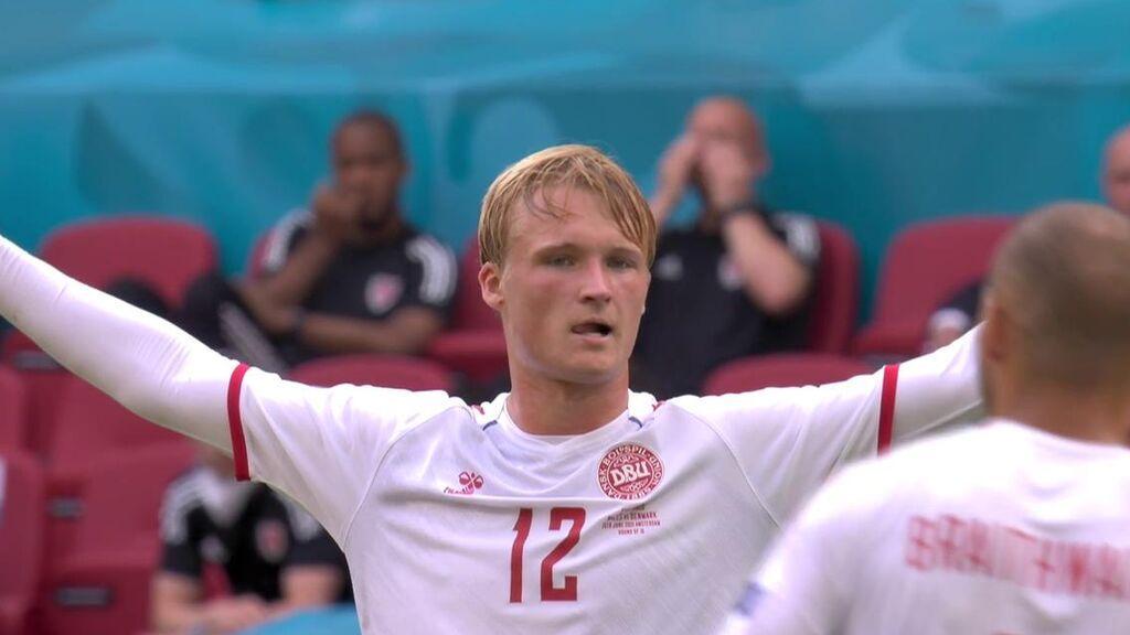 Gol de Kasper Dolberg en el Gales - Dinamarca (0-1)