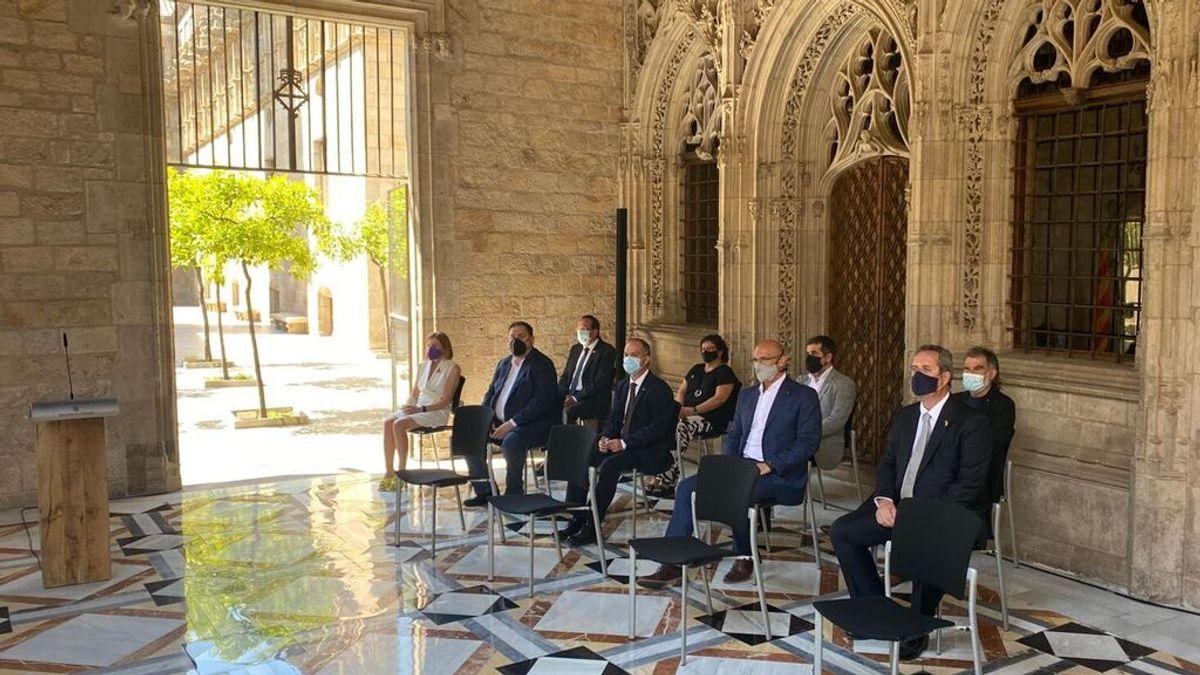 """Aragonès recibe a los indultados en la Generalitat: """"Salís con la tranquilidad de que no tenéis que pedir perdón por nada"""""""