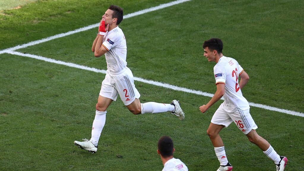 Azpilicueta culmina de cabeza una gran combinación de Pedri y Ferrán: España se adelanta ante Croacia (1-2)