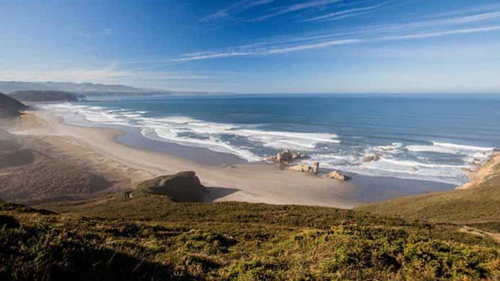 Playa de Bayas (Web Oficial de turismo de Asturias)