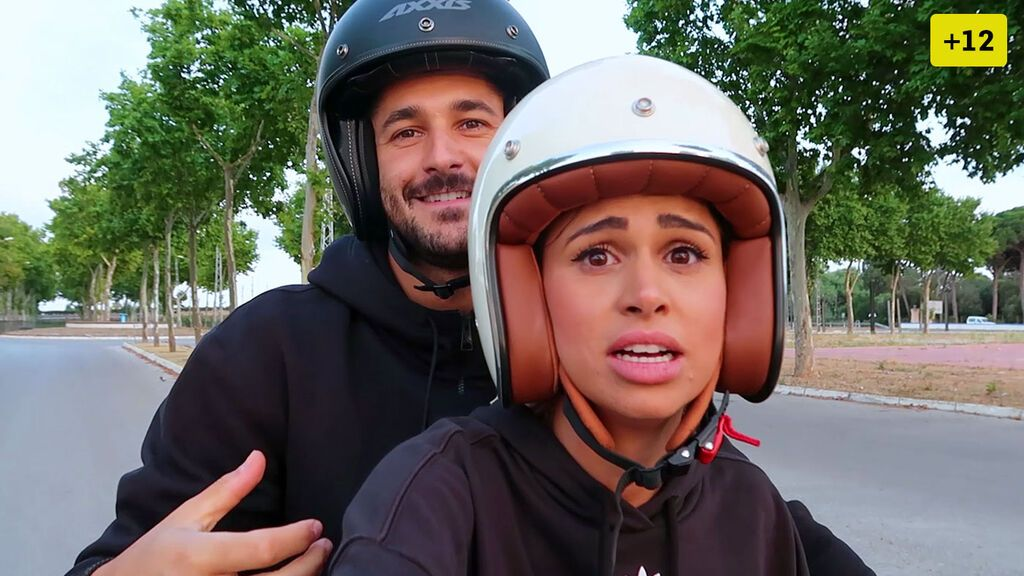 Marina Ruiz y Hugo Paz sellan su amor con un tatuaje en común y se compran una moto (2/2)