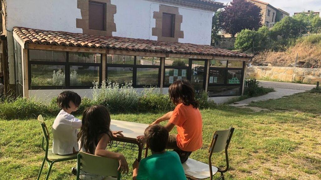 Fuentelfresno (Soria), o cómo un colegio logró repoblar un pueblo de la España vaciada