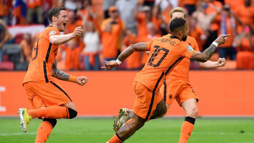 Holanda de naranja o Alemania de blanco: ¿por qué cuatro selecciones europeas de fútbol no visten los colores de su bandera?