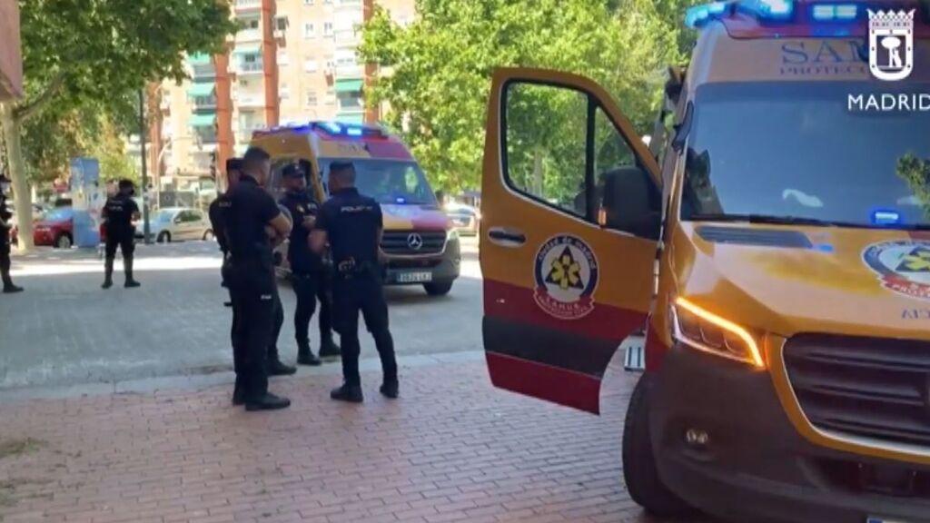 Reyerta a navajazos y cuchilladas en Vallecas termina con cuatro heridos, uno muy grave