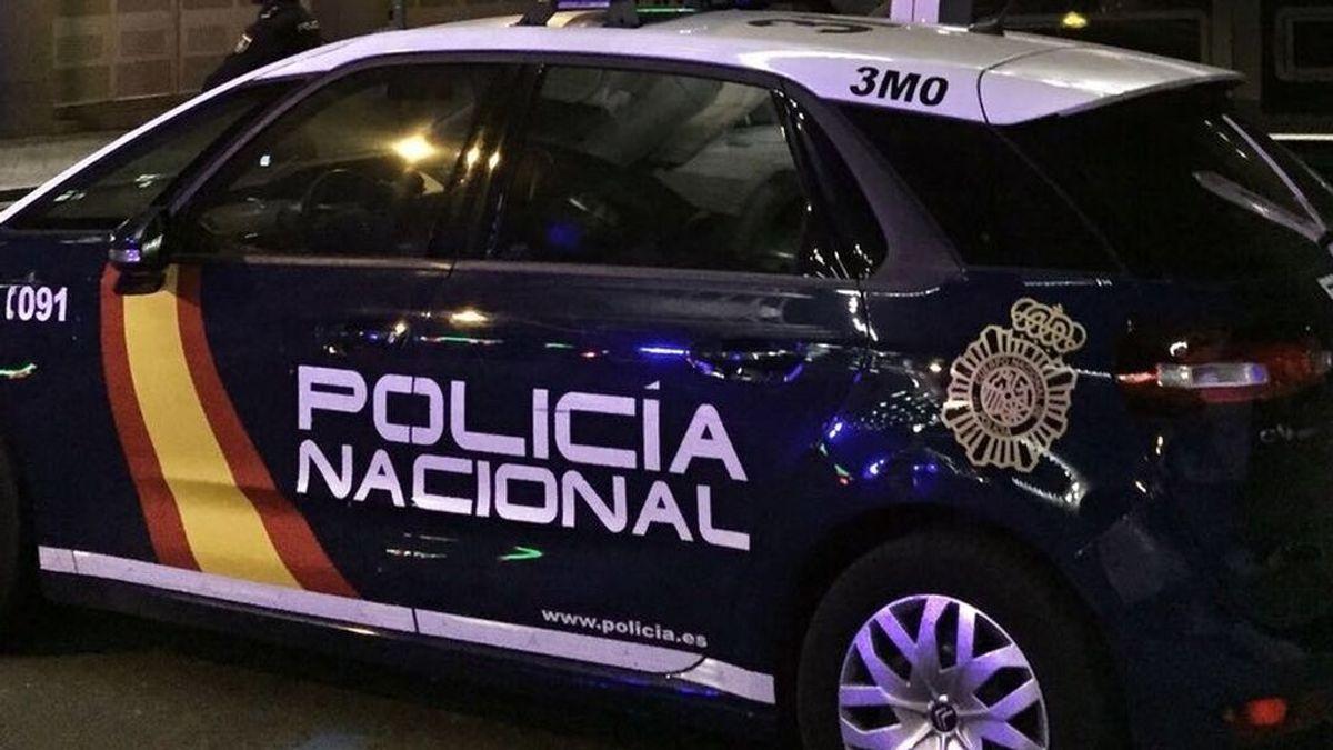 Tres detenidos en Canarias por sustraer a una niña inmigrante de nueve años para llevarla a París