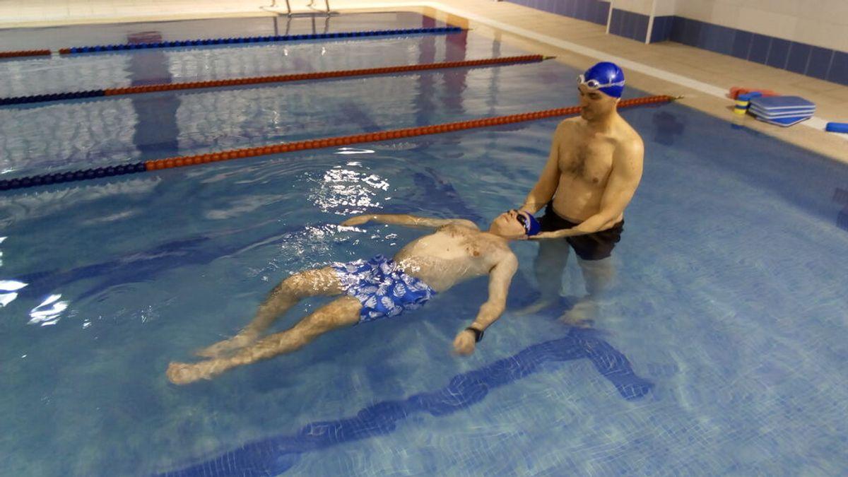 """""""Aprendí a nadar a los 50"""". Nunca es tarde para cumplir este sueño"""