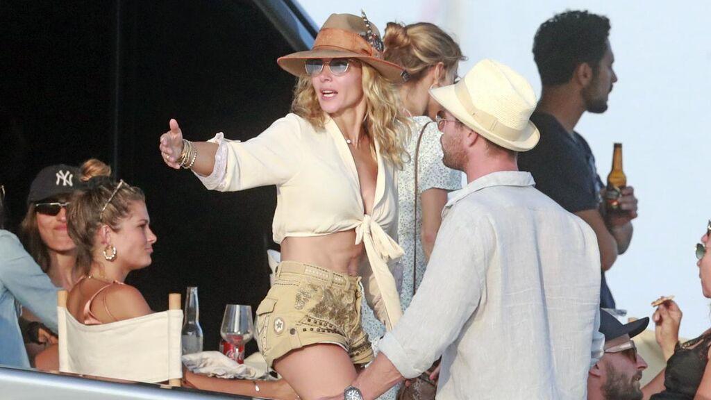 Elsa Pataky también ha sido fotografiada en Ibiza varias veces.