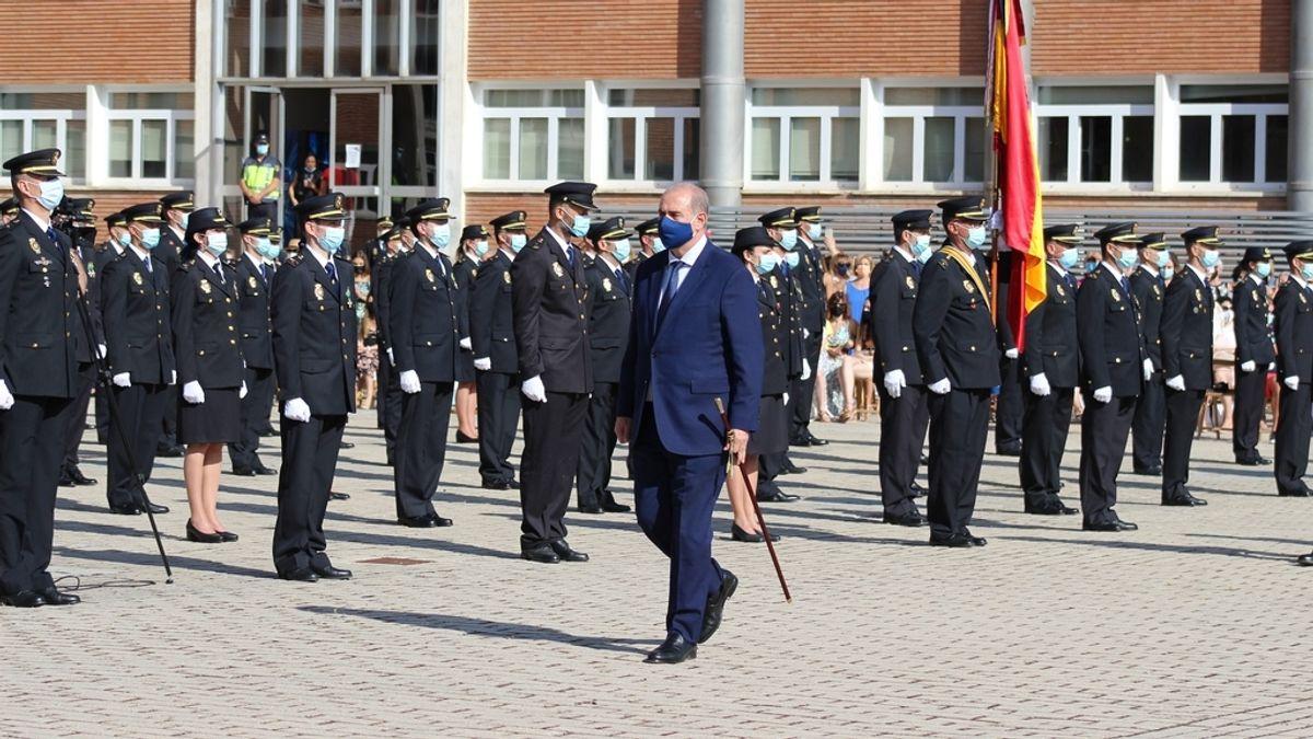 El director de la Policía preside la jura de la promoción de 383 nuevos agentes de la Escala de Subinspección