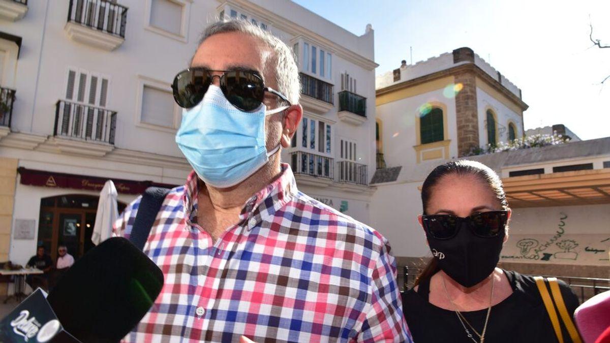 Isabel Pantoja se posiciona junto a su hermano Agustín en el juicio contra su hijo Kiko Rivera