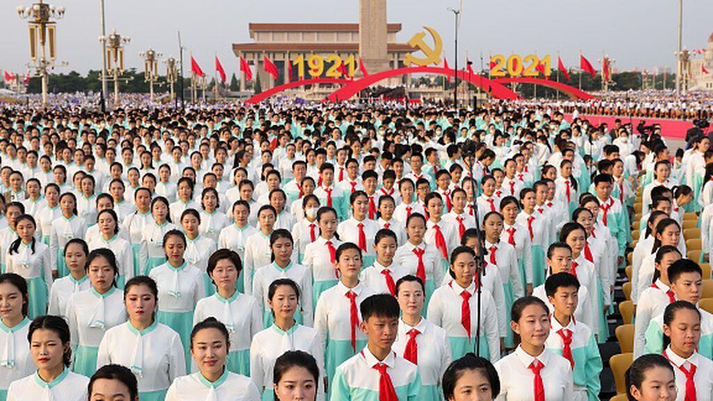 """Xi Jinping celebra el ascenso """"irreversible"""" de China en el centenario del partido"""