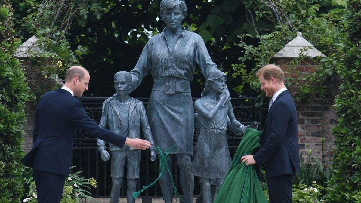 Risas, complicidad y una reconciliación: los príncipes Guillermo y Harry, unidos por Diana