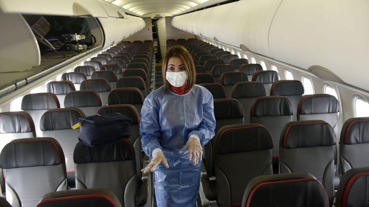Riesgos de contagio a bordo de un avión: que pasa durante el vuelo y cuando los motores están apagados