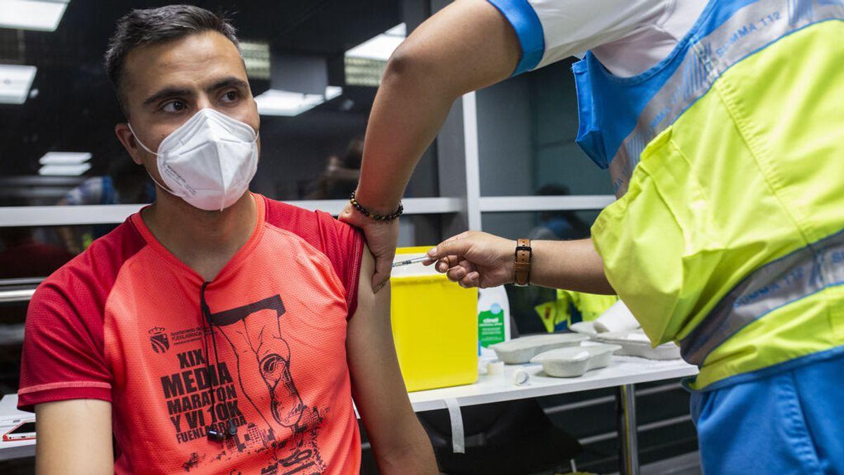 España logra otro récord de vacunación por segundo día consecutivo tras inocular 765.399 dosis