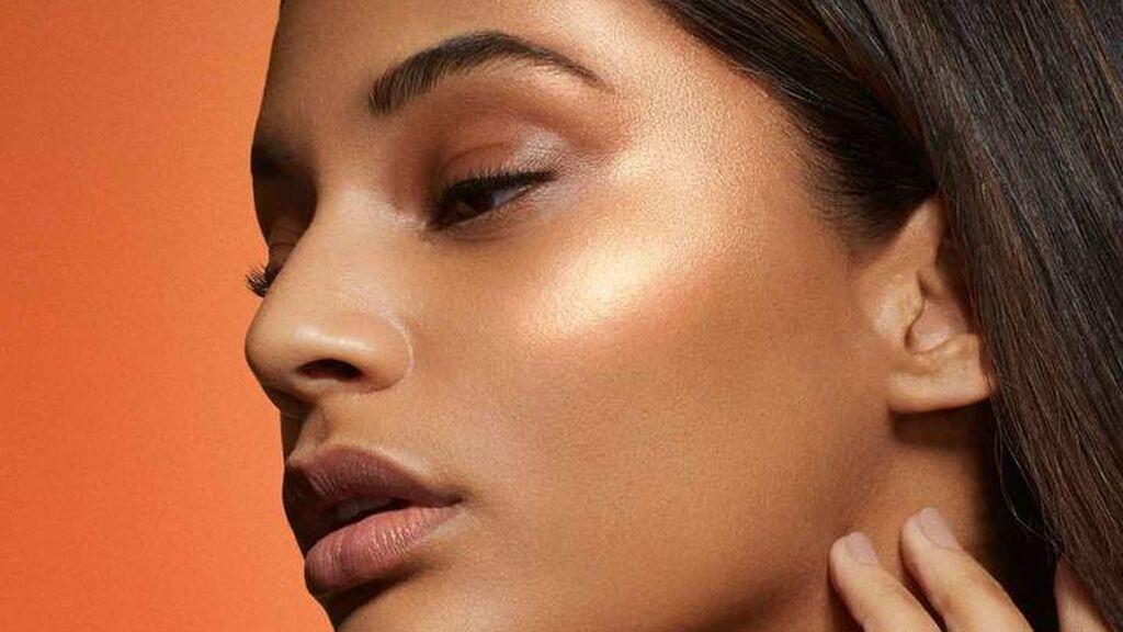 Los tonos y las claves de maquillaje que deberás seguir si tienes la piel morena: las claves para que luzca brillante y natural.