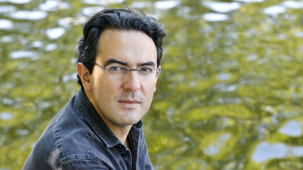"""Juan Gabriel Vásquez, escritor colombiano: """"Volver la vista atrás cuando quieres olvidar es un acto de valor"""""""
