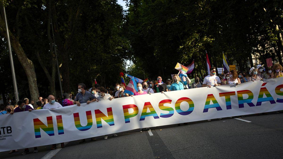 Miles de personas se manifiestan en Madrid por el Orgullo con una marcada reivindicación por los derechos trans