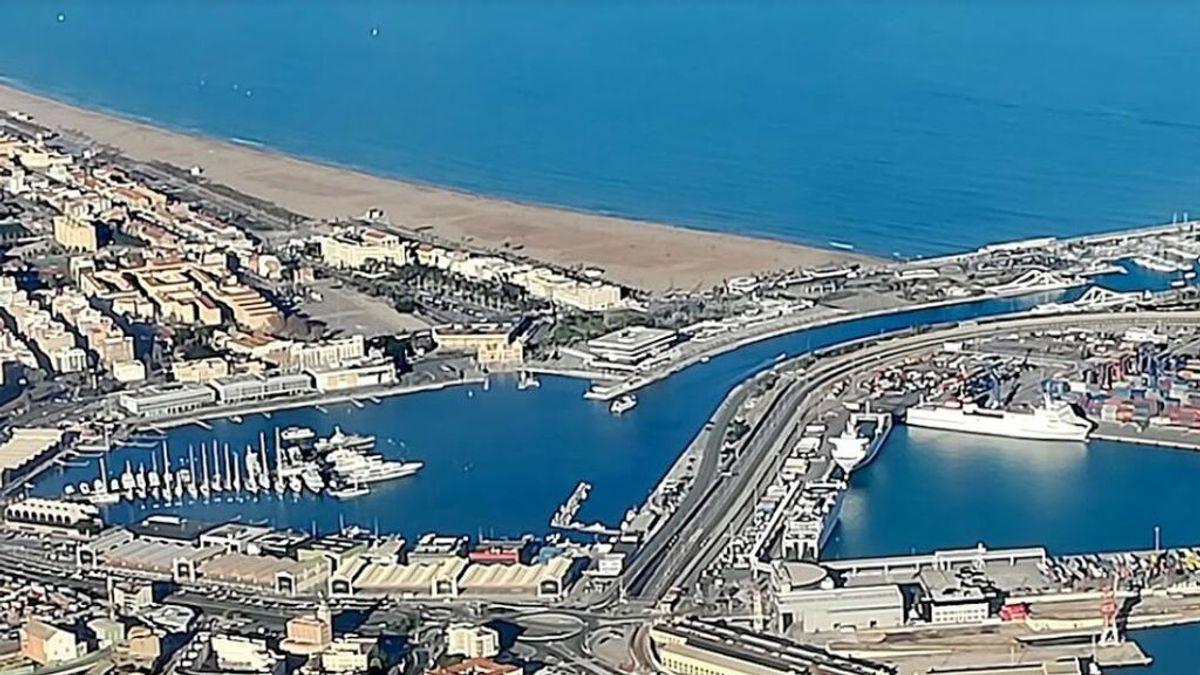Investigan el hallazgo de un cadáver en avanzado estado de descomposición a diez millas del puerto de Valencia