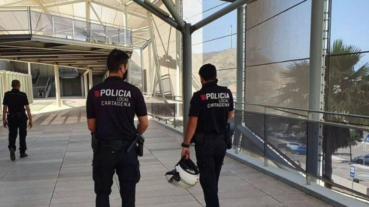 En cuarentena 60 personas en Murcia por una menor que se escapó de casa estando contagiada