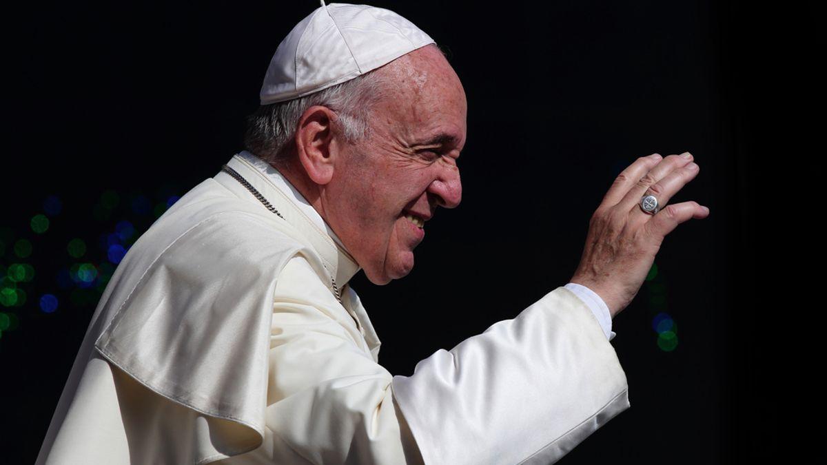 Concluye satisfactoriamente la operación quirúrgica del Papa por una estenosis diverticular sintomática del colon