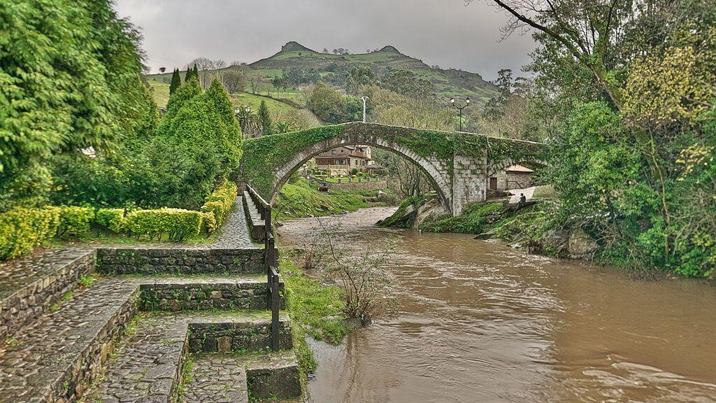 Puente_de_Liérganes_(Liérganes) wiki