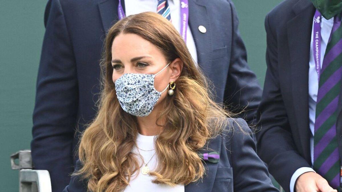 Kate Middleton, confinada por el positivo de un contacto estrecho.