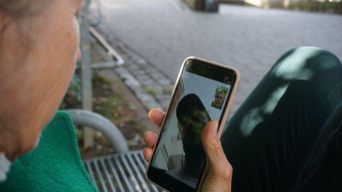 ¿Te vibran los altavoces del móvil? Cuidado, pueden espiarte lo que estás diciendo