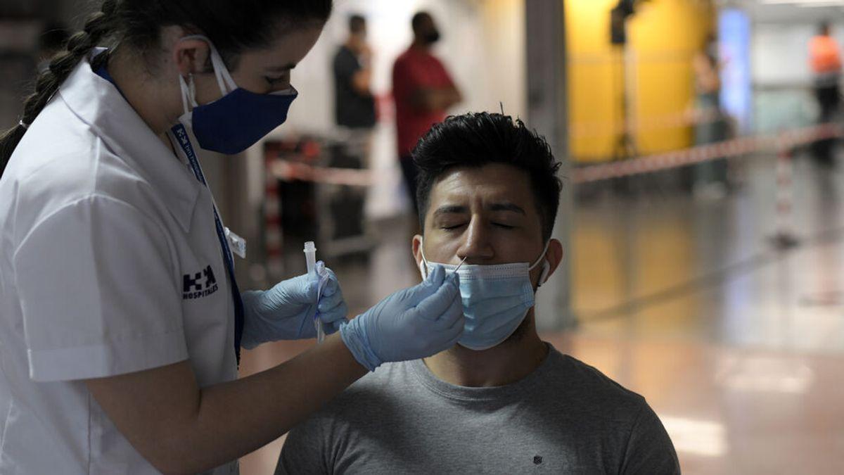 Aumenta de nuevo la incidencia de España, pero los hospitalizados siguen estables