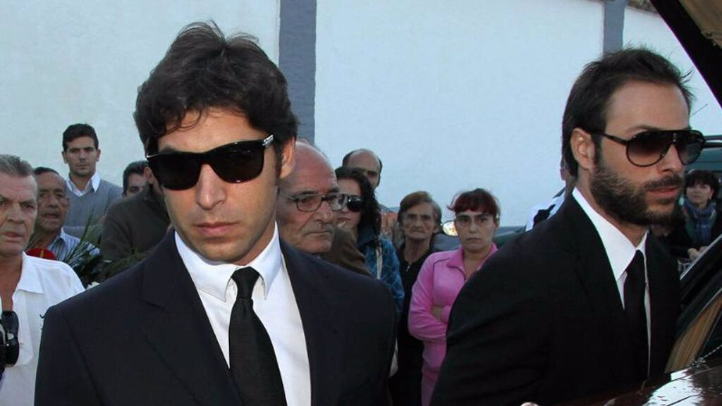 A su funeral acudieron una infinidad de rostros famosos.