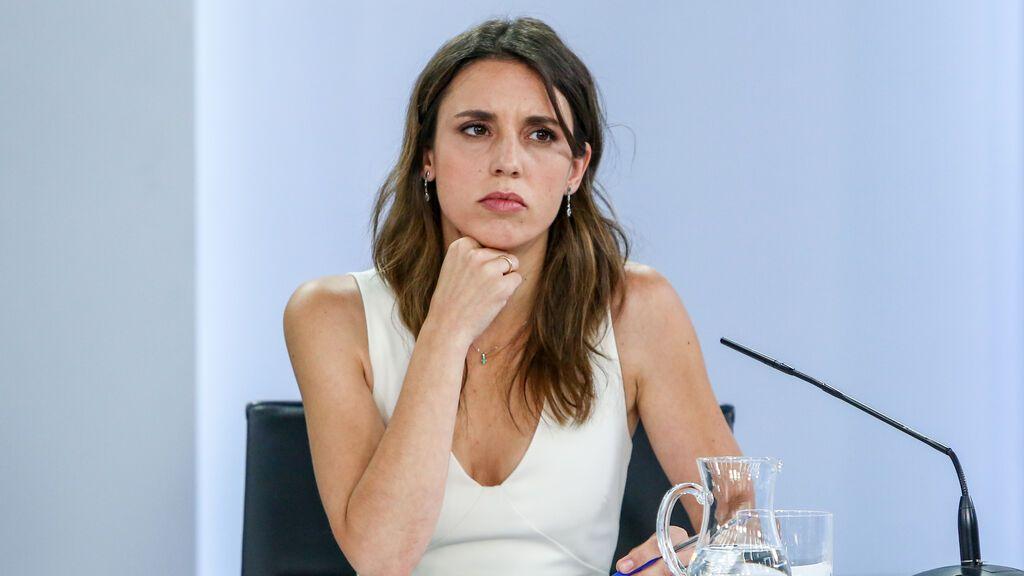 """Sorpresa por la ausencia de Irene Montero en la rueda de prensa en la que se presenta """"su"""" ley"""