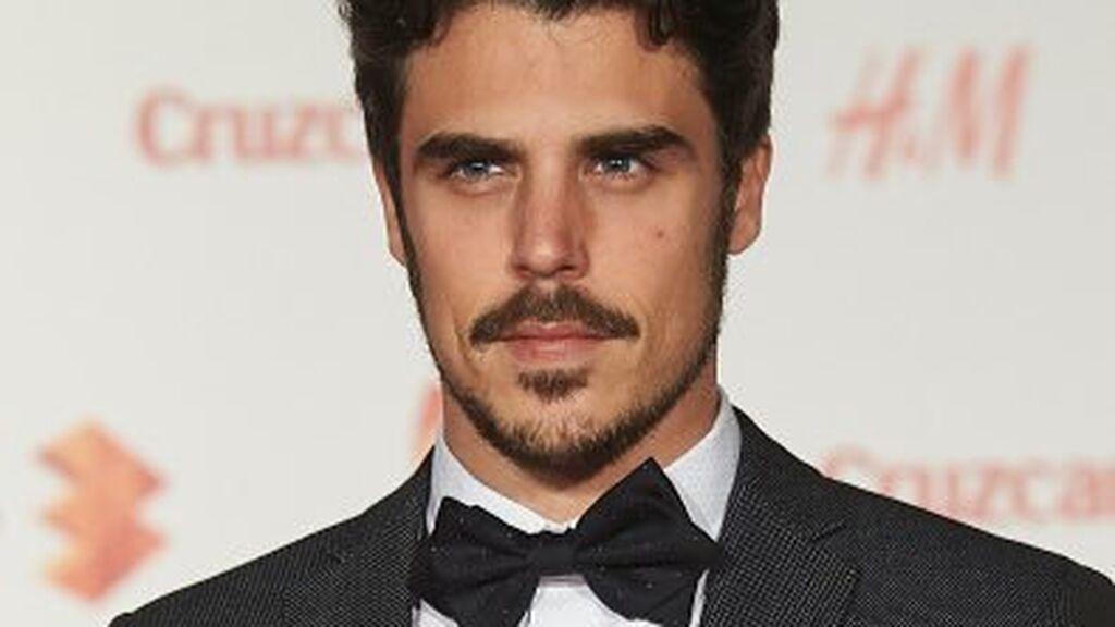 Una de sus primeras relaciones fue con el actor Javi Hernández.