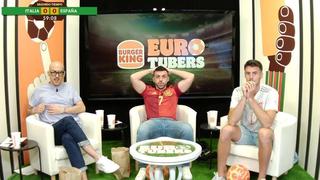 Reacción de Eurotubers al gol de Chiesa
