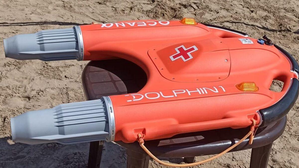 Estrenan un revolucionario flotador por control remoto para salvar vidas en las playas de Valencia