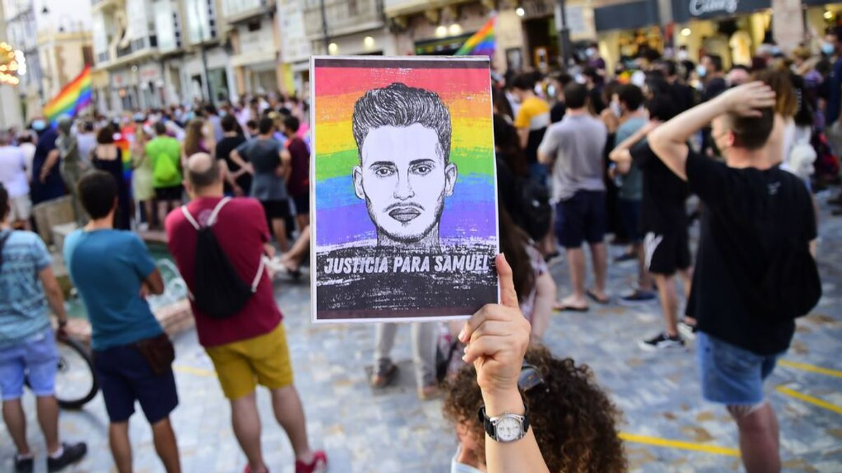 A Samuel lo ha matado la homofobia, no su orientación sexual, por Enrique F. Aparicio