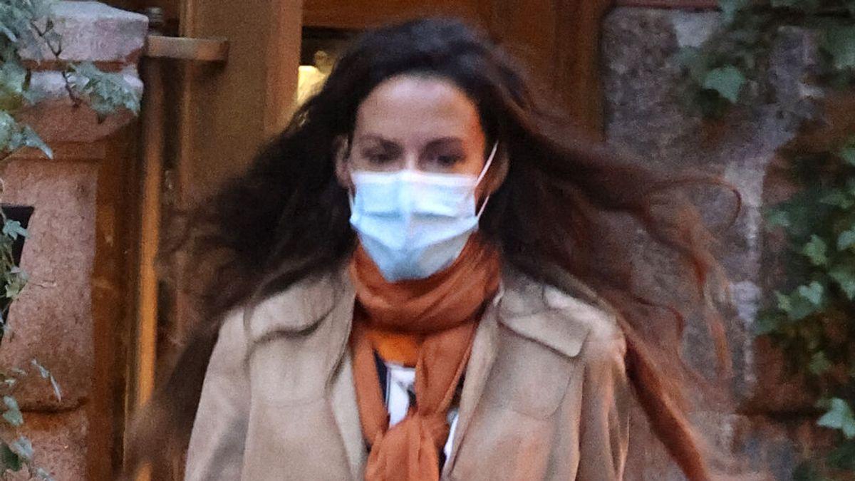 Telma Ortiz ya luce tripa premamá: el paseo por las calles de Madrid con Robert Gavin, padre del segundo hijo que espera