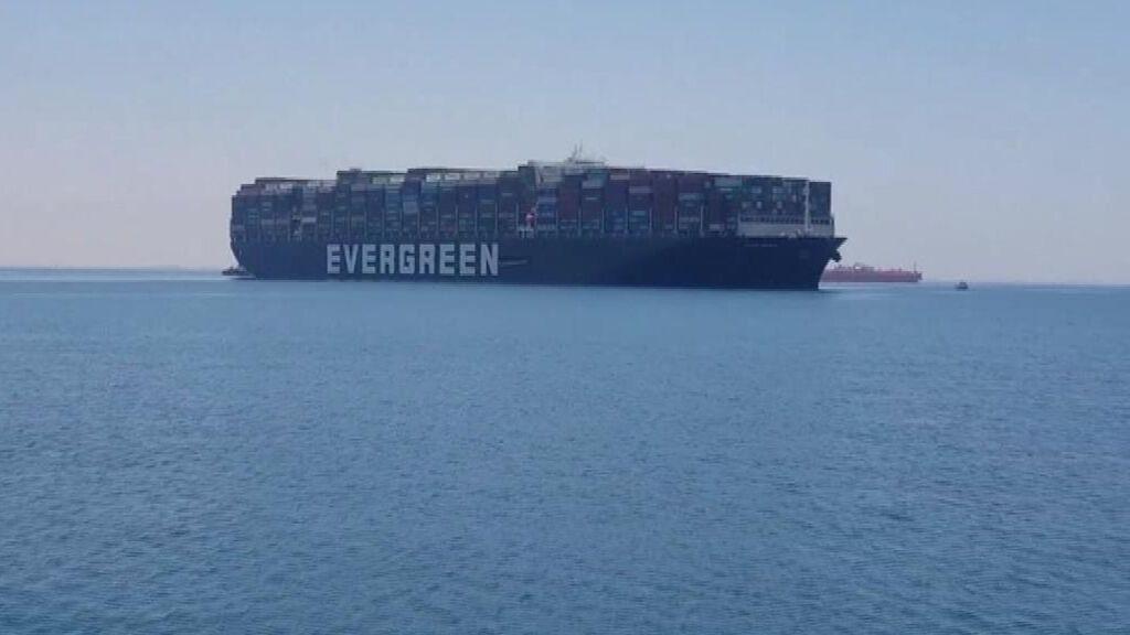 El Ever Given vuelve a zarpar 107 días después de quedar atrapado en el canal de Suez