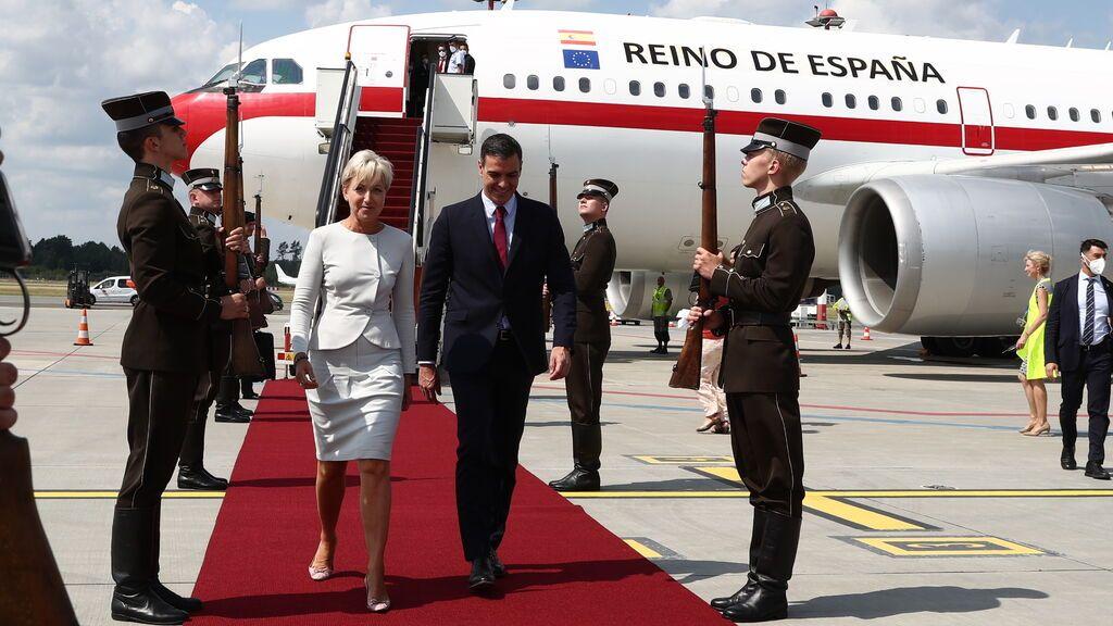 Sánchez evita comentar la 'foto del reencuentro' de Junqueras y Puigdemont en Waterloo