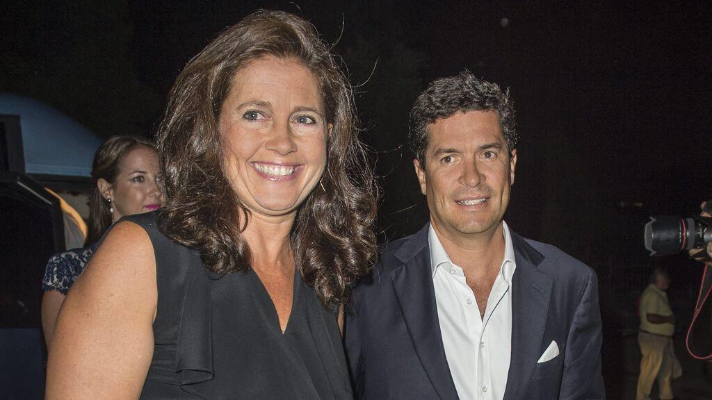 En 1999 se casó con el arquitecto Carlos Morales.