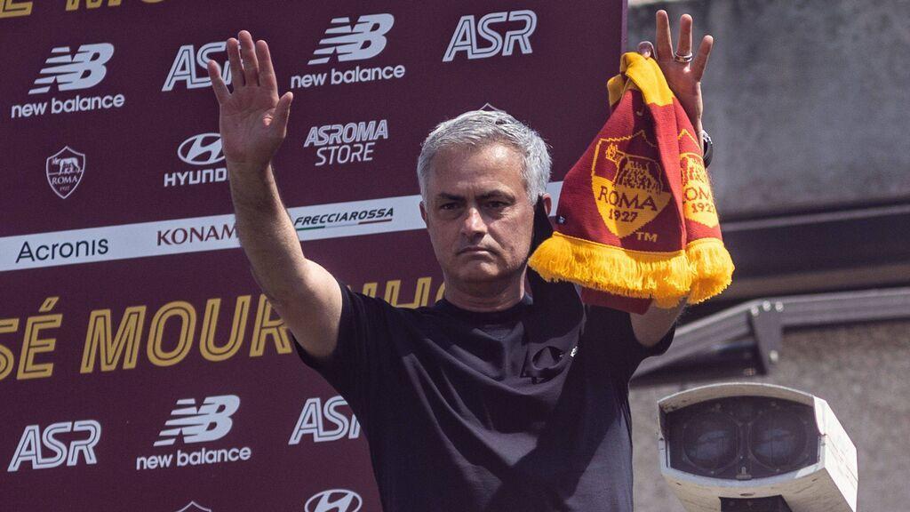 """Mourinho vuelve a entrenar en la Roma: """"Soy victima de lo que hice"""""""