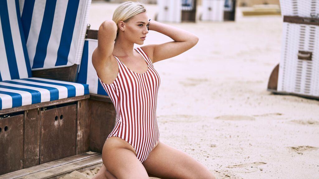 Bañadores que disimulan barriga para decir adiós a la operación bikini para siempre