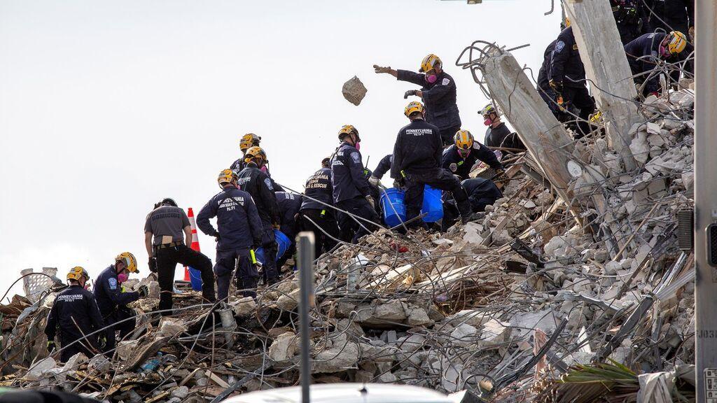 Dan por finalizada la búsqueda de supervivientes en el edificio de Miami, dos semanas después del derrumbe