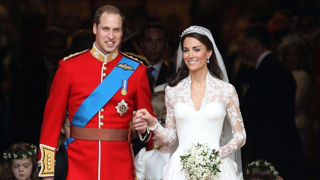 Además, lució una tiara de Isabel II.